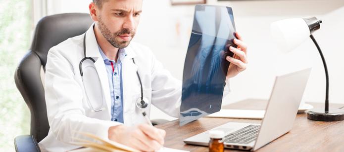 neurocirujano para tratar el dolor de espalda